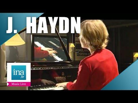 "Hélène Couvert / Haydn ""Sonate en mi bémol majeur Hobken 16/49"" | Archive INA"