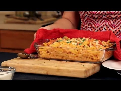 Penne With Cheese & Tomato Sauce : Italian Cuisine