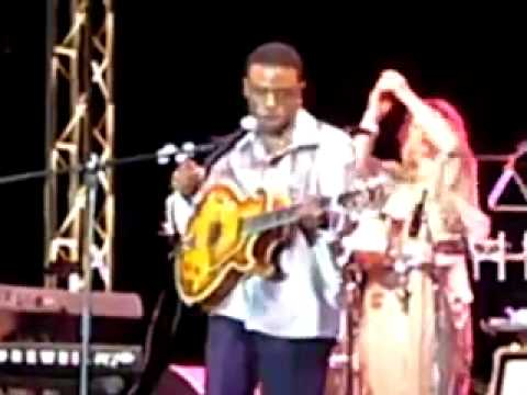 Norman Brown at Liberty Music Festival 2006.mp4