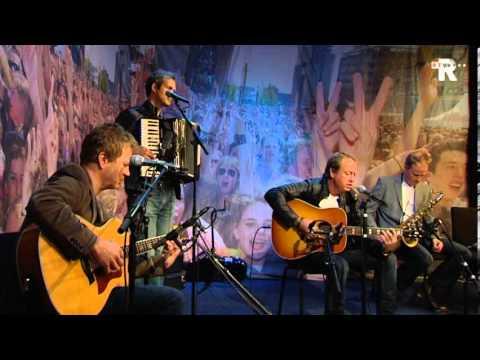 Live Uit Lloyd - Level 42 - Unplugged Compleet 2012