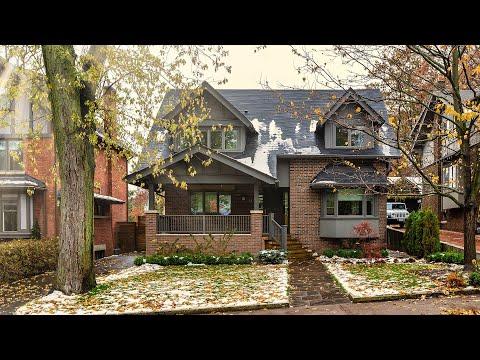 14 Munro Park Ave, Toronto, Ontario