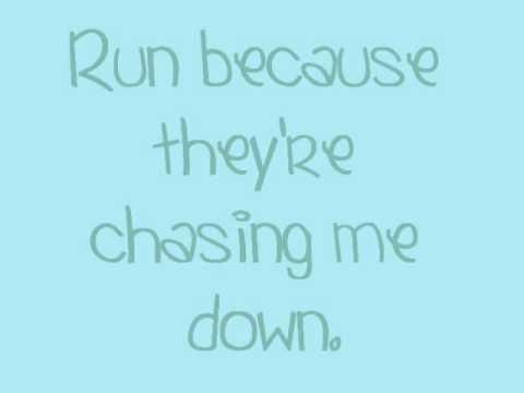 I Just Wanna Run - The Downtown Fiction (ON-SCREEN LYRICS.)