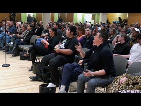 Gender Studies Critic Shuts Down Heckler at Portland State
