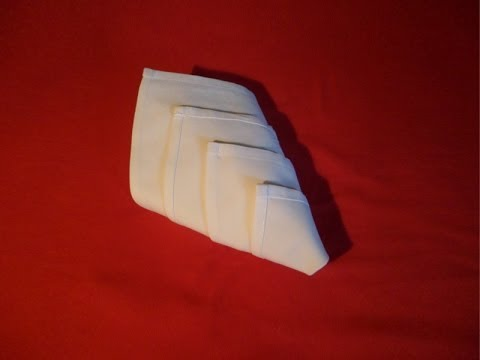 Napkin folding bishop 39 s hat or lily easy napkins foldi for 10 easy table napkin folding