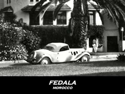 Citroen Traction Avant Cabriolet slideshow of vintage postcards