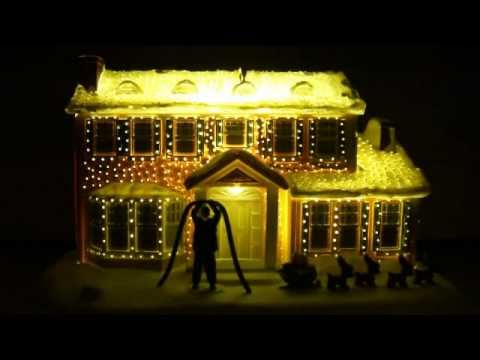 A&R Hallmark Christmas Vacation Griswold House Ornament - YouTube