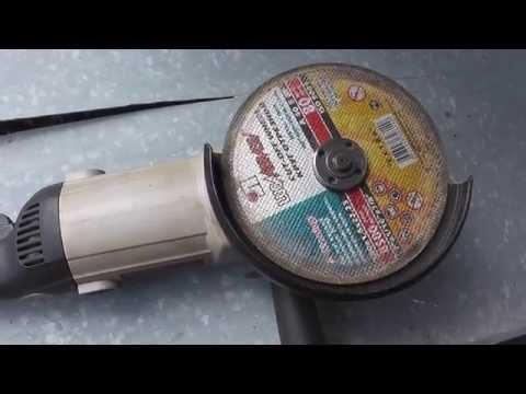 Как пользоваться болгаркой при резке металла видео