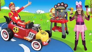 Max and Sasha Ride on Mickey Mouse Toy Car & make new Toys thumbnail