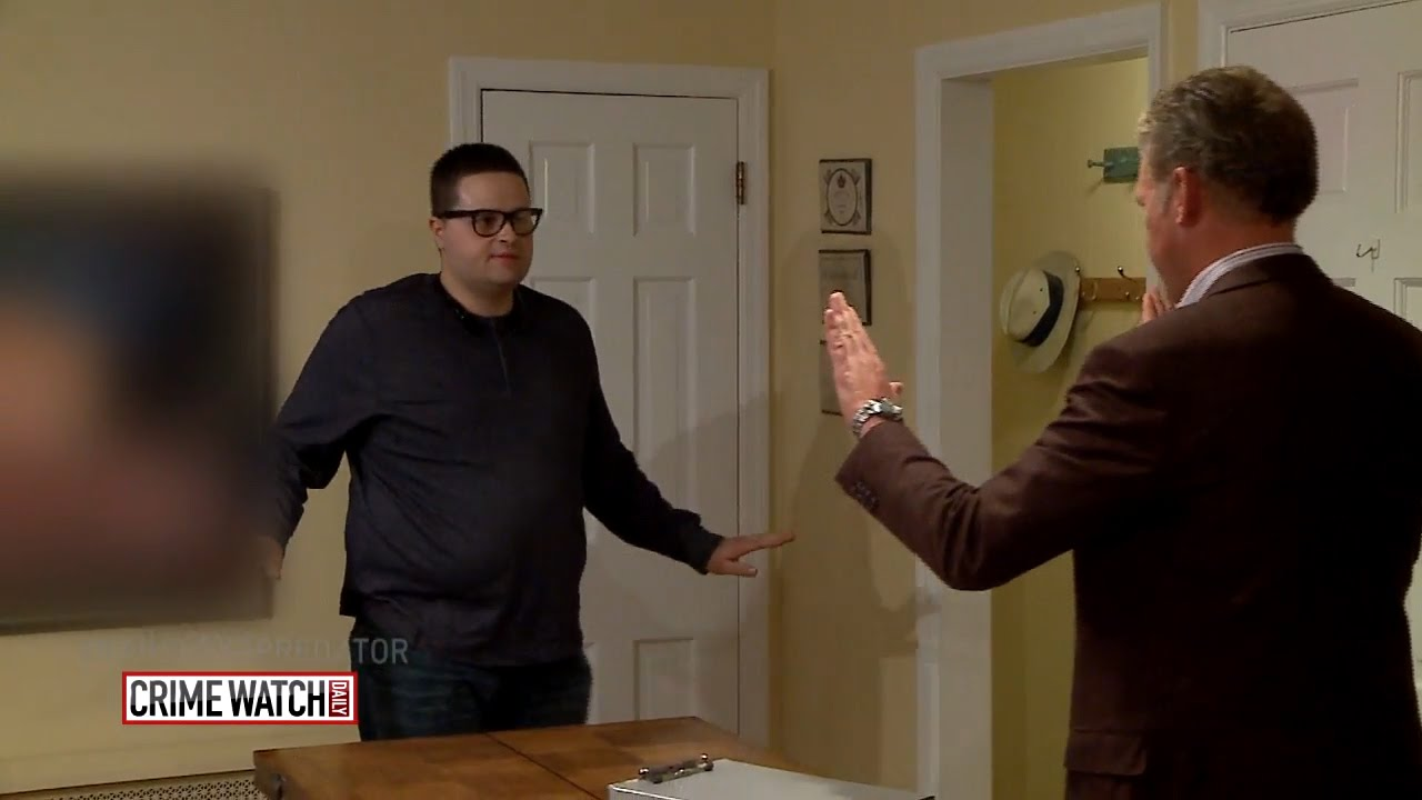 Hansen vs  Predator: Chris Hansen catches a plumber on the prowl - Crime  Watch Daily