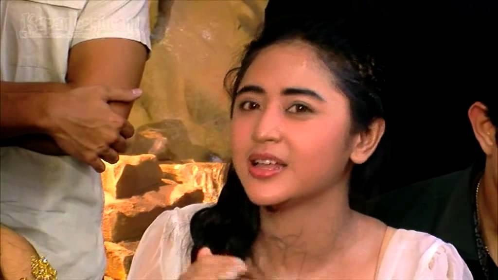 Download Syuting Telanjang, Depe Minta Izin Sama Pacar