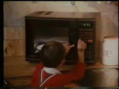 Toshiba 1983 Quot Easywaves Quot Microwave Oven Tv Ad Youtube