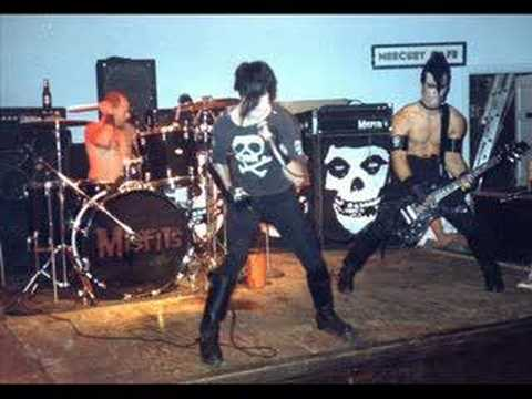 The Misfits- Mommy Can I Go Out and Kill Tonight?