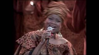 Donald Lawrence & The Tri-City Singers -I Am God