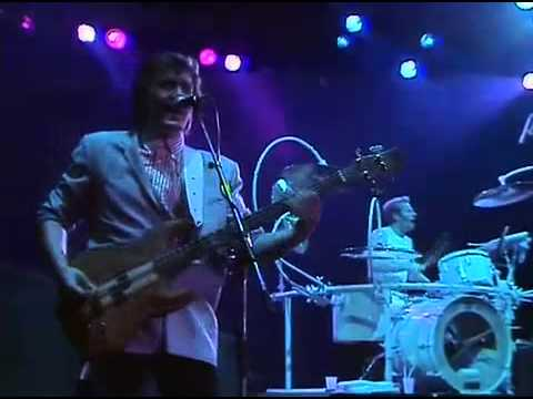 The pretenders - show me (live)