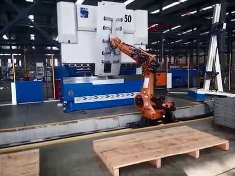 ROBOT:  AUTOMATIC BENDING / PIEGATURA AUTOMATICA
