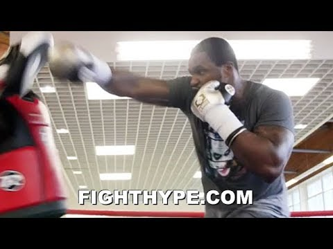 DILLIAN WHYTE PERFECTING KO COMBO FOR DERECK CHISORA; UNLEASHES RAW POWER ON MITTS