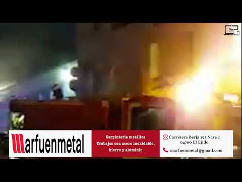 INCENDIO EN UN LOCAL DE ROQUETAS DE MAR