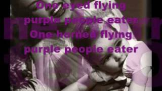 Judy Garland Purple People Eater (with lyrics)