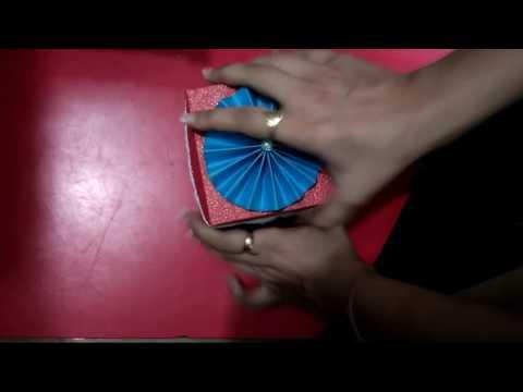 Red theme rakhi explosion box