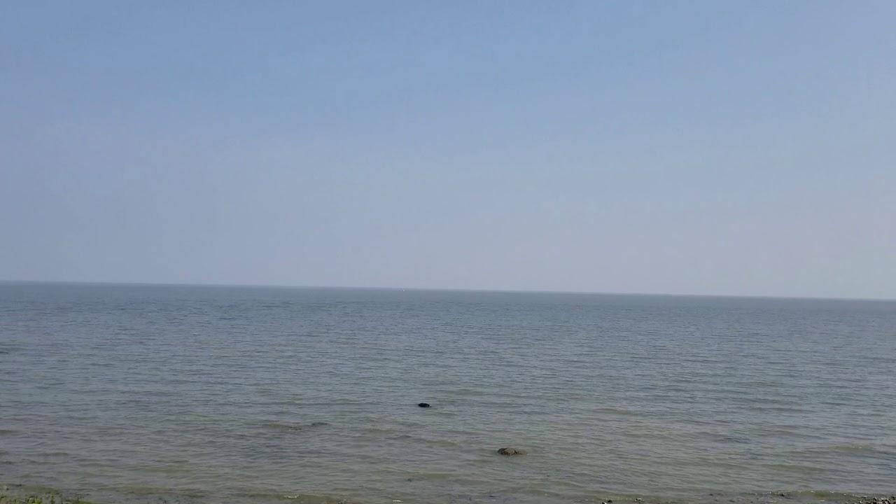 Lakefront/Waterfront cottage/cabin rent/rental at Winnipeg beach Manitoba  Canada