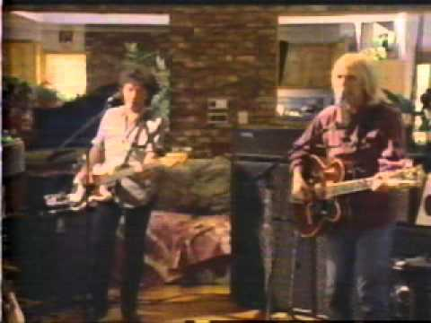 Tom Petty & the Heartbreakers - Mary Jane's Last Dance [alternate music video]