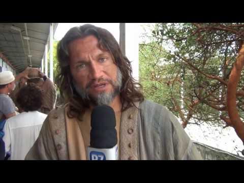 Bastidores: Vitor Hugo explica a preparação para fazer Jeremias em O Rico e Lázaro