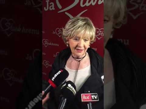 Lepa Lukić daje izjavu pred koncert Dare Bubamare