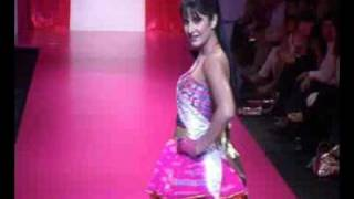Katrina Kaif at Lakme Fashion Show 2009