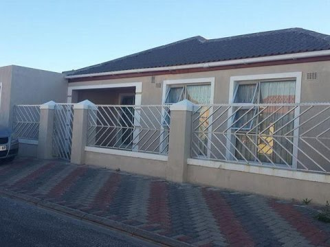 3 Bedroom House For Sale In Ikwezi Park Cape Town South Africa ZAR 780000