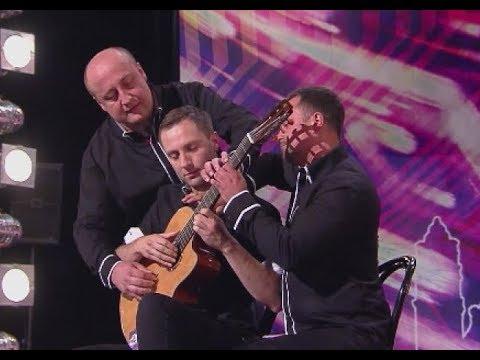 """Ich trzech i jedna gitara – to był występ na miarę X edycji """"Mam Talent!"""""""