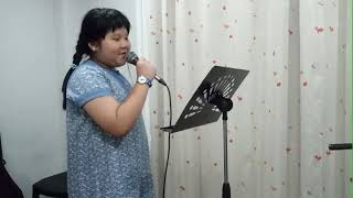 น้องเบนโจ ร้องเพลงบทเรียนของความเชื่อใจ ค่ะ