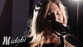 """ROZES - """"Famous"""" (idobi Sessions)"""