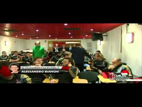 Berlusconi with players in the press conference room 10-12-2013