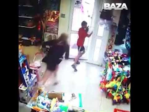 В Екатеринбурге второклассники грабят  магазин игрушек