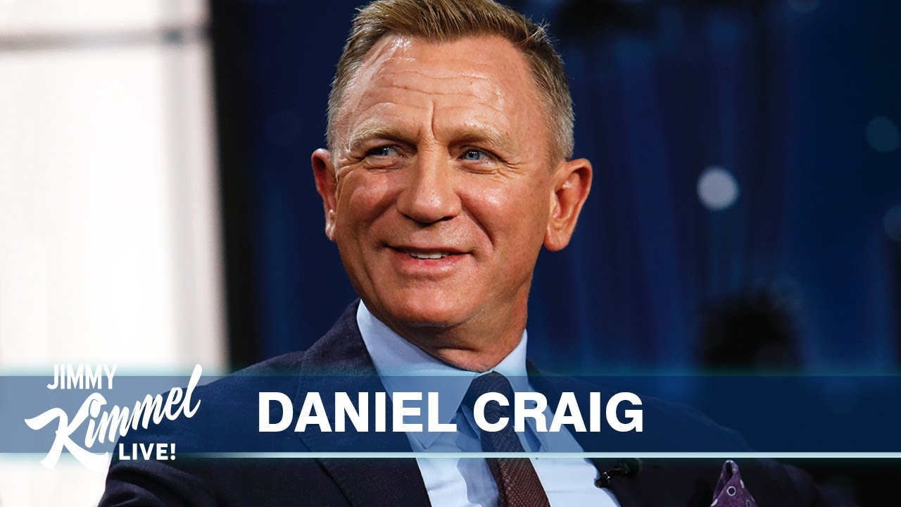 Daniel Craig on His Last Bond Film, Watching it with the Royal Family &  Star on the Walk of Fame - YouTube