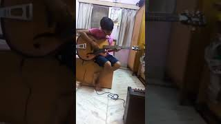 Avadhesh playing meri maa song in guitar