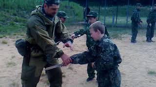 Работа с детьми в военно-патриотических лагерях. Часть 3. Уроки рукопашки...