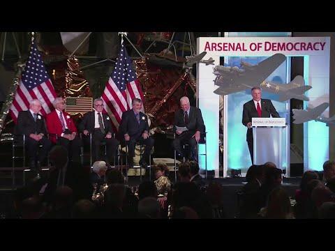 Arsenal of Democracy Gala  David Hartman  with WWII Veterans