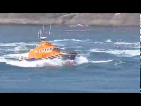 oban lifeboat in the Corryvreckan whirlpool