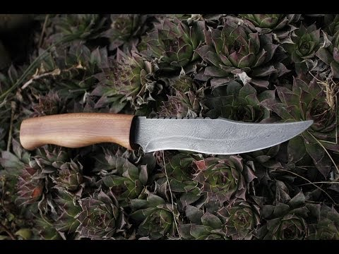 Making damascus steel knife