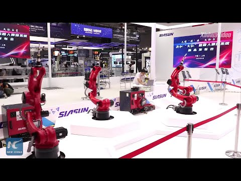 Chinese leading robot maker unveils new welding robots at Shanghai industry fair