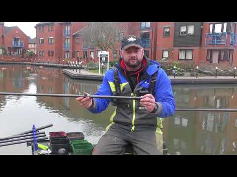 Dan Jones on the Coventry Canal