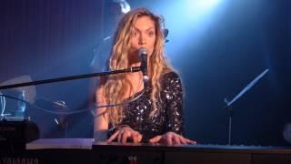 Варя Демидова - Автобан (концерт в Москве в клубе 16 Тонн)