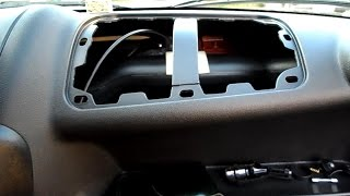 Устранение стука воздуховода в Гранте(Снял заглушку подушки безопасности, что б провод от регистратора перекинуть и обнаружил такой косяк, испра..., 2014-09-14T11:16:27.000Z)