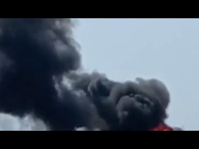 Porto Empedocle, rogo distrugge camion sulla Ss 115 [STUDIO 98]