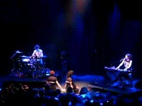 The Dresden Dolls - Mandy Goes to Med School mp3