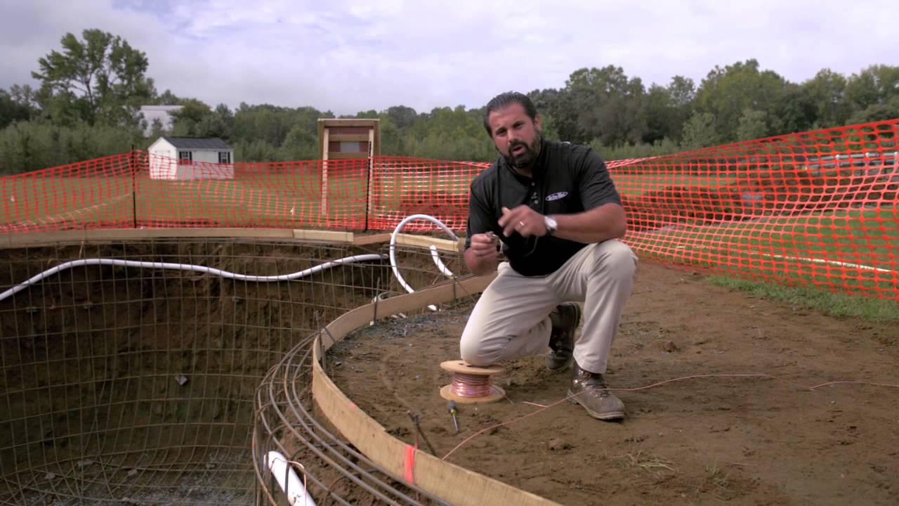 Mise en terre de la piscine youtube for Attraper des poux a la piscine