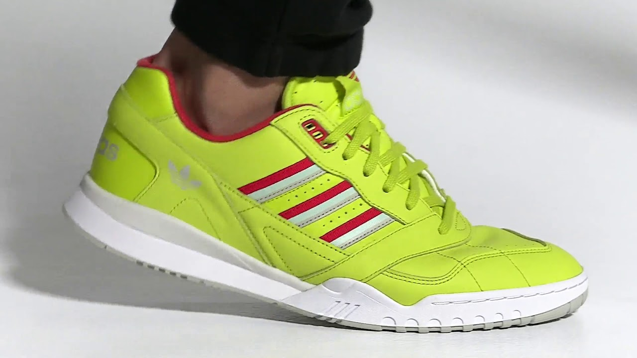 A R Trainer Shoes Yellow DB2736 video