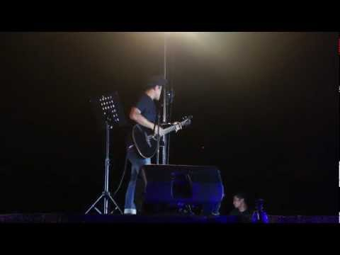 Azlan - Lagu Untukmu (Akustik Live)