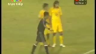 Lê Công Vinh và bàn thắng để đời vào lưới Thailand